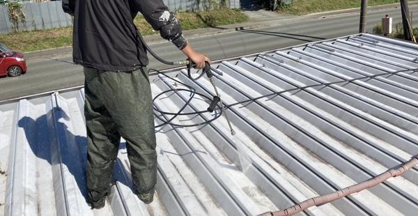 菊陽町 店舗 折半屋根 高圧洗浄サムネイル