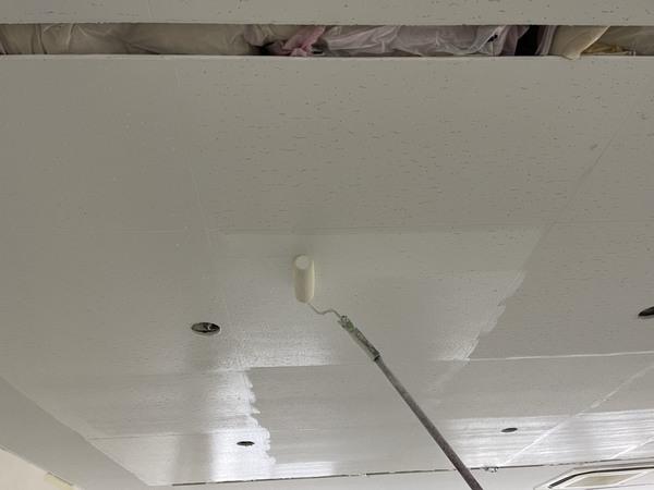 東区店舗 天井塗装サムネイル
