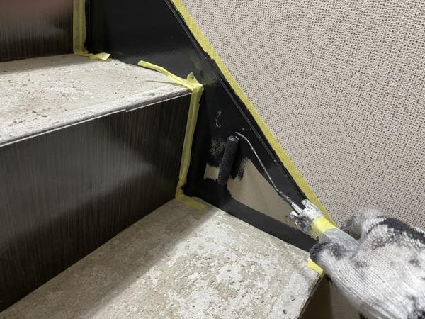 東区店舗 鉄骨階段 シリコン塗装サムネイル