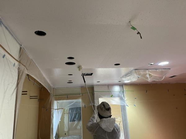 下通り店舗 天井 上塗りサムネイル